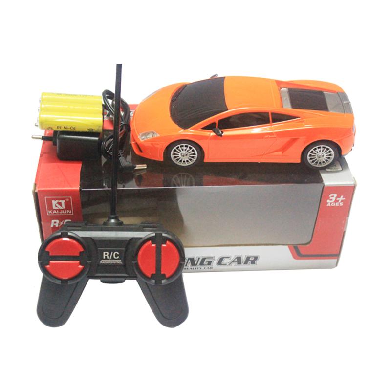 Xe ô tô điều khiển tỉ lệ 1:24 - 4 tần số HWA972555